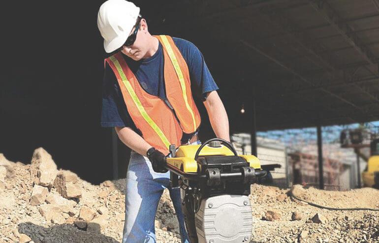 saiba mais sobre compactador de solo