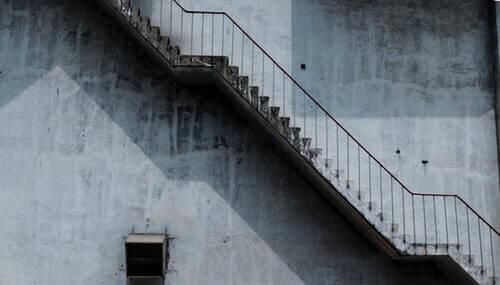 Saiba como calcular a quantidade de degraus para escada.
